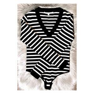 Veronica Beard Sweaters - ❌SOLD❌ Veronica Beard Decade Striped VNeckBodysuit